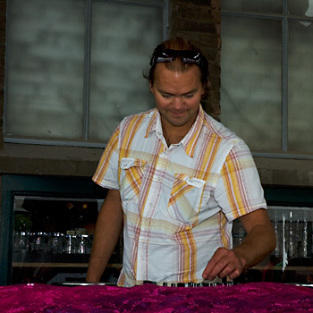 DJ b-ART